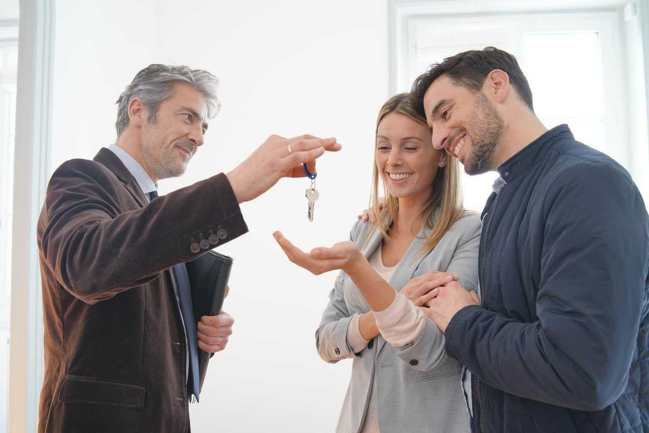 Юрист по ипотеке при покупки квартиры в Санкт-Петербурге