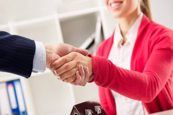 Услуги юриста по купле-продаже квартиры