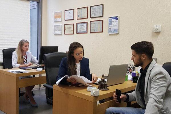 Купить квартиру с помощью юриста в Москве