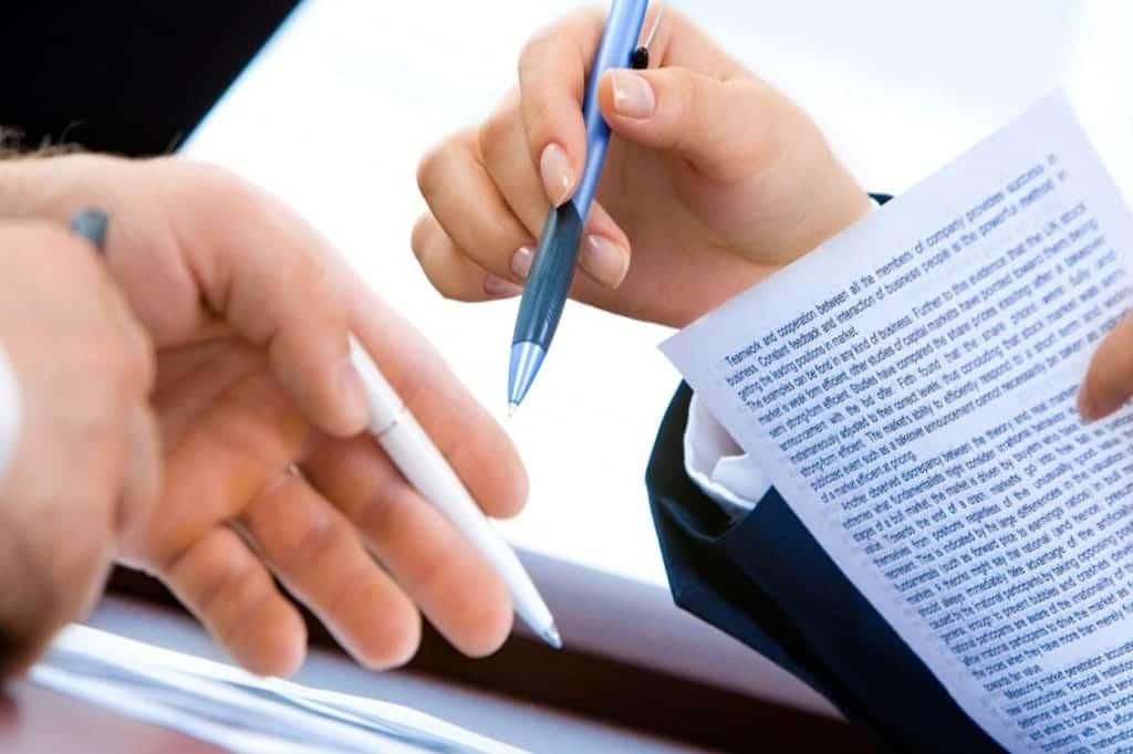 Юрист для сопровождению сделки с квартирой в СПб, МСК.